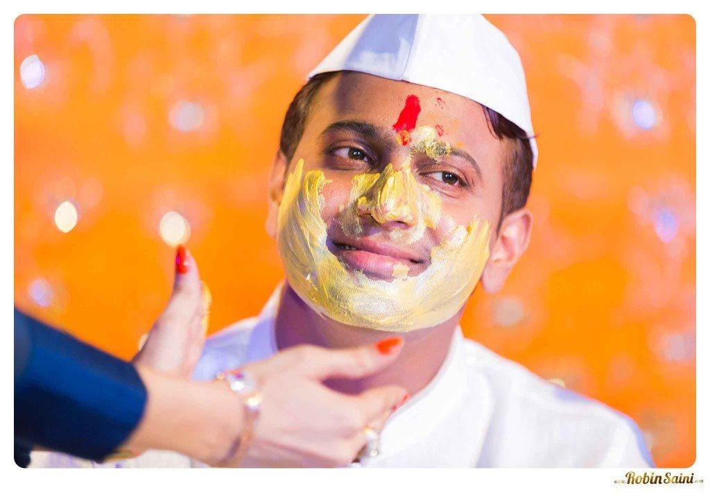best-haldi-pics-maharashtrian-wedding_071