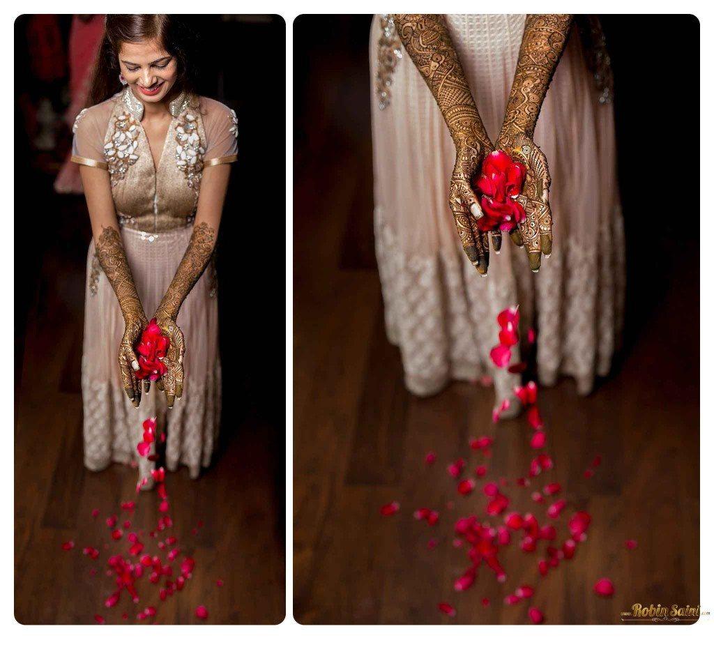 bride-mehandi-pics-mehandi-poses_058