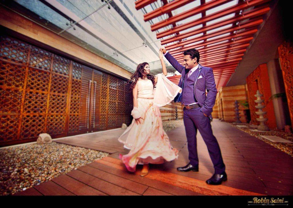pre-wedding-shoot-poses-best-pre-wedding poses_001