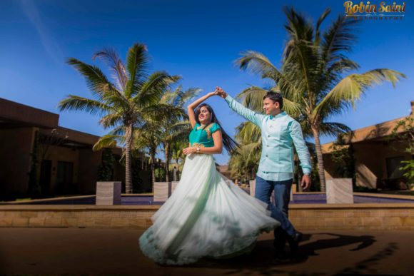 couple-shoot-at-Della-resort_0